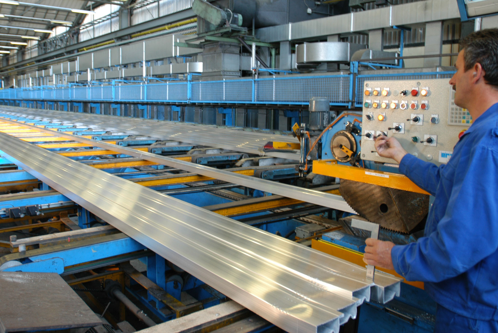 custom aluminum profile extrusion manufacturers